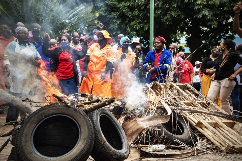 SAMWU Strikers caused chaos